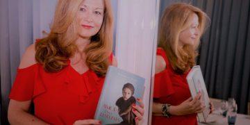 Carmela Díaz y su libro Amor es la respuesta