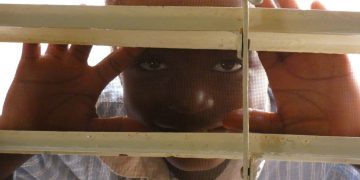 Mirada de niño en Burkina Faso