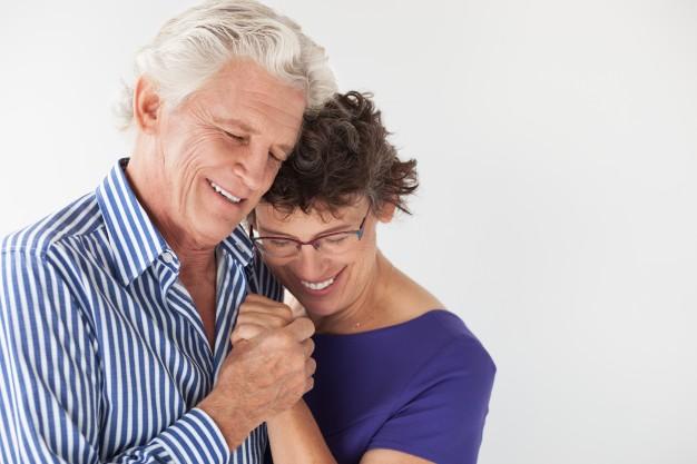 La familia anima a solucionar los problemas auditivos