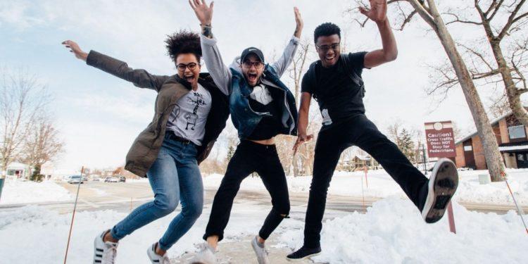 Universitarios snowflakes